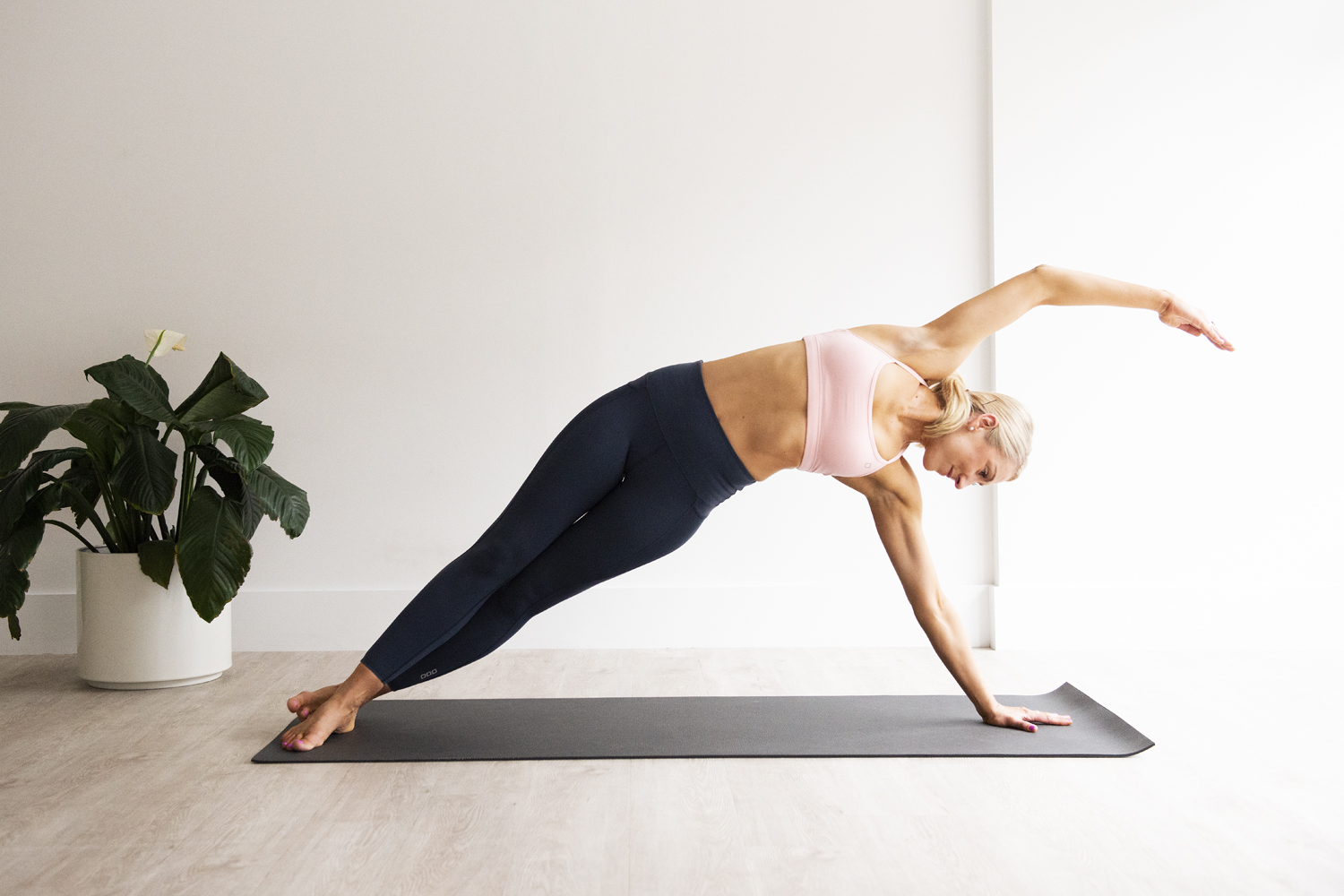 Pilates side bend - what is works, how to cue it and clients that will benefit from it